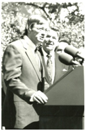 Don Heinrich Tolzmann and former President Ronald Reagan in 1987 for the first German-American Day